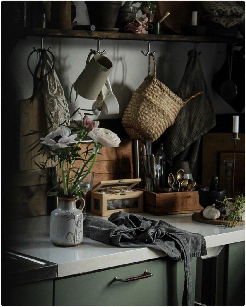 York-Förnicklad-brunt-läder-miljö-rund1